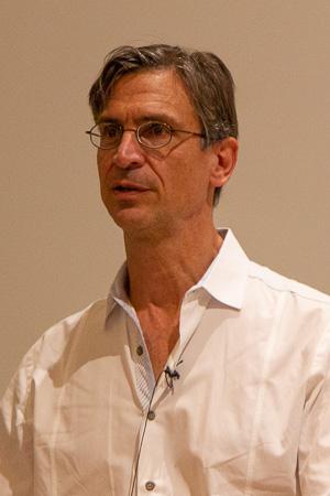 Carlos T. Moraes